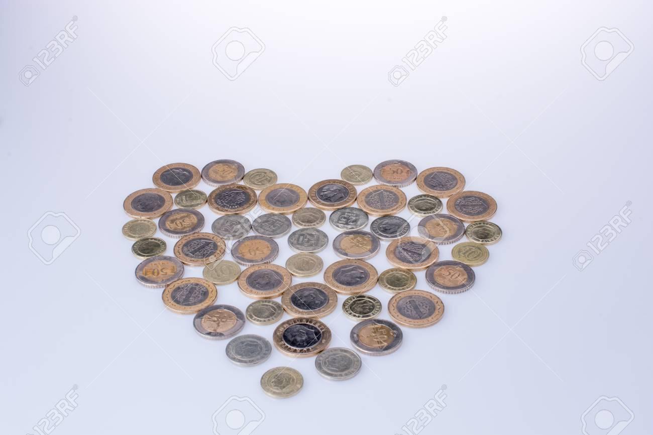Türkische Lira Münzen Formen Zusammen Ein Herz Auf Weißem