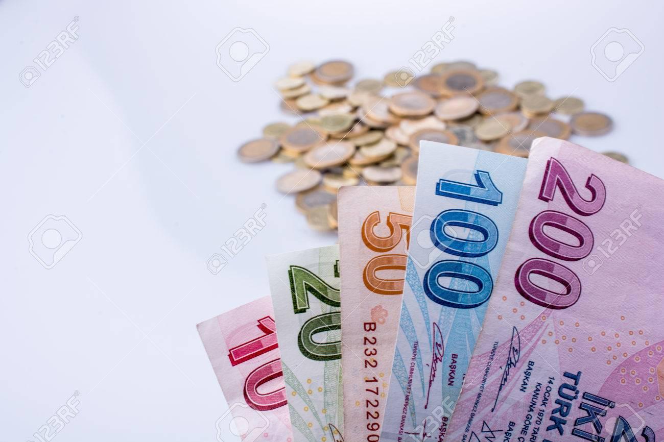 Türkische Lira Münzen Und Banknoten Seite An Seite Auf Weißem