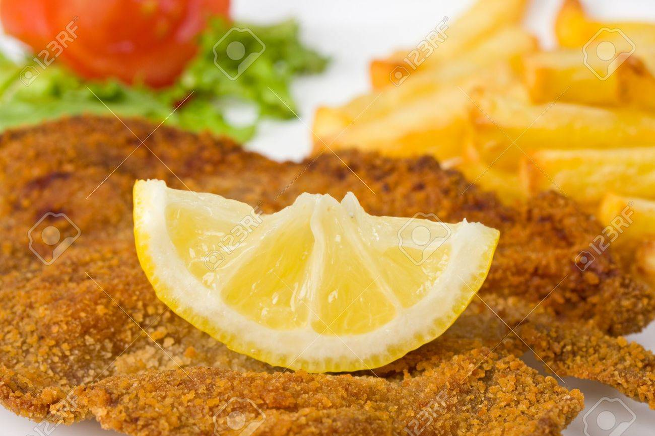 detail of a viennese schnitzel on a plate Stock Photo - 4745317