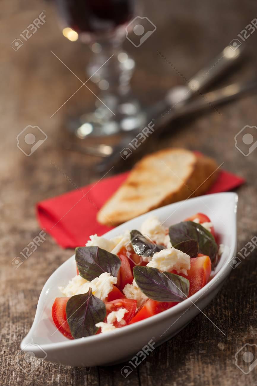insalada caprese with purple basil Stock Photo - 14379330
