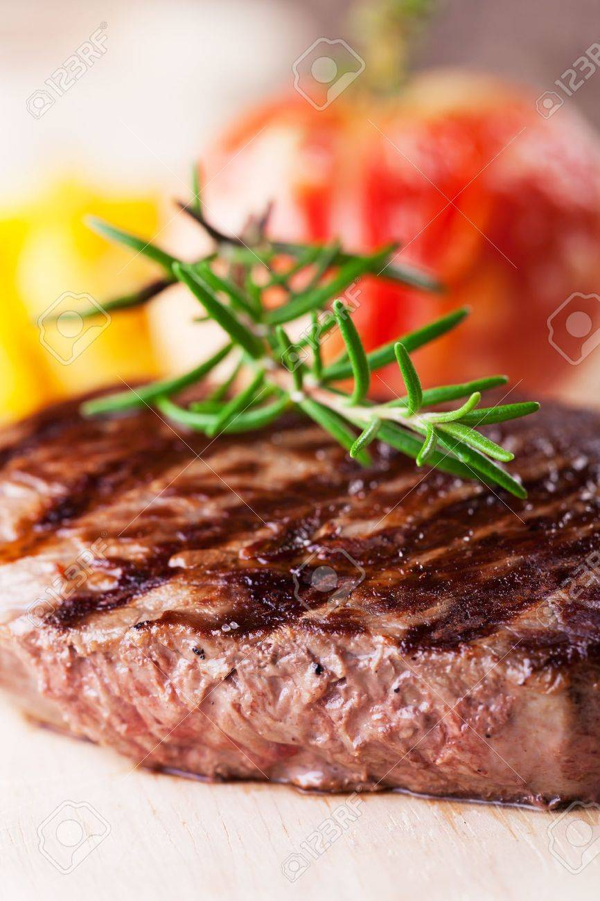 grilled steak with fries and tomato Stock Photo - 16259572