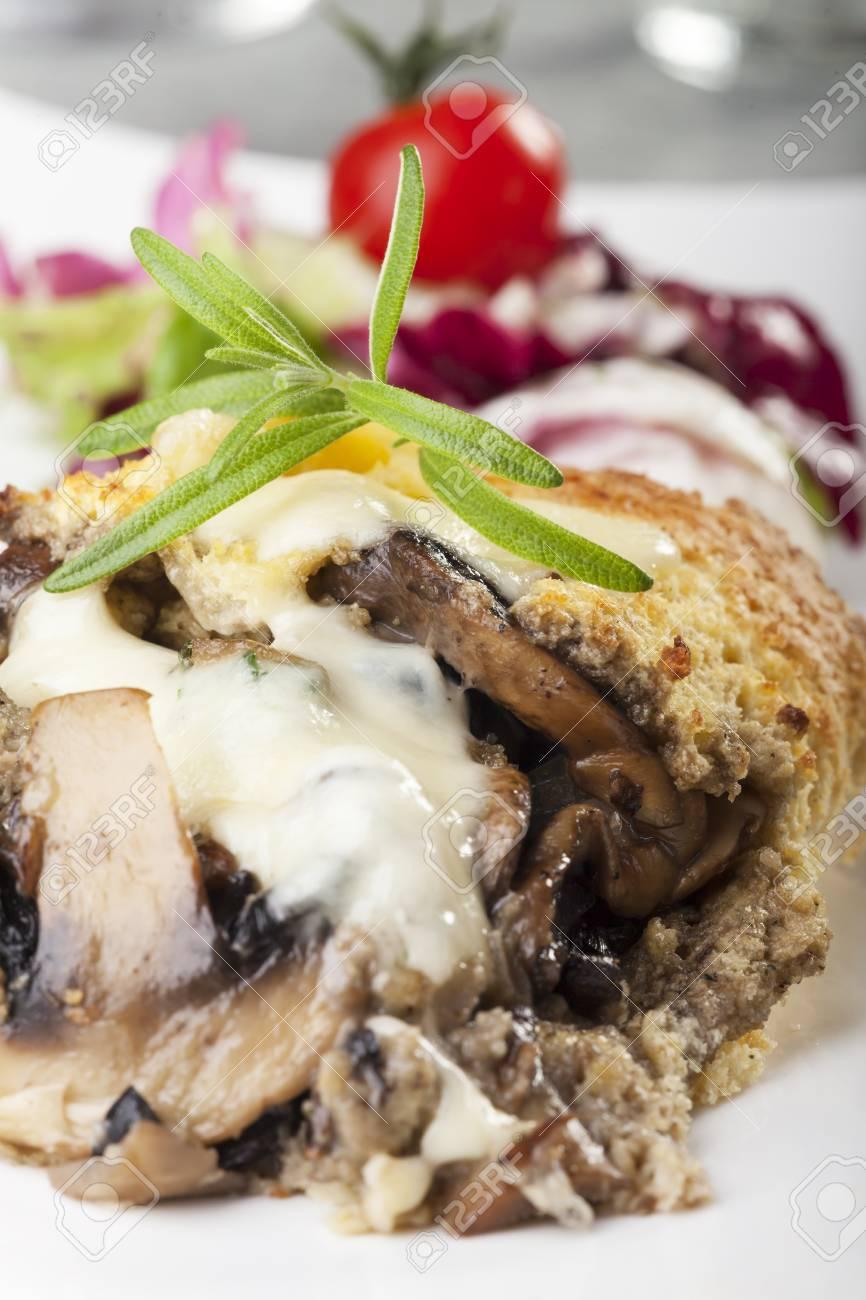 gratinated mushroom omelette Stock Photo - 17318208