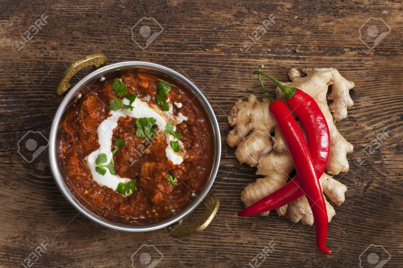 indian chicken curry in a pot Stock Photo - 37076698