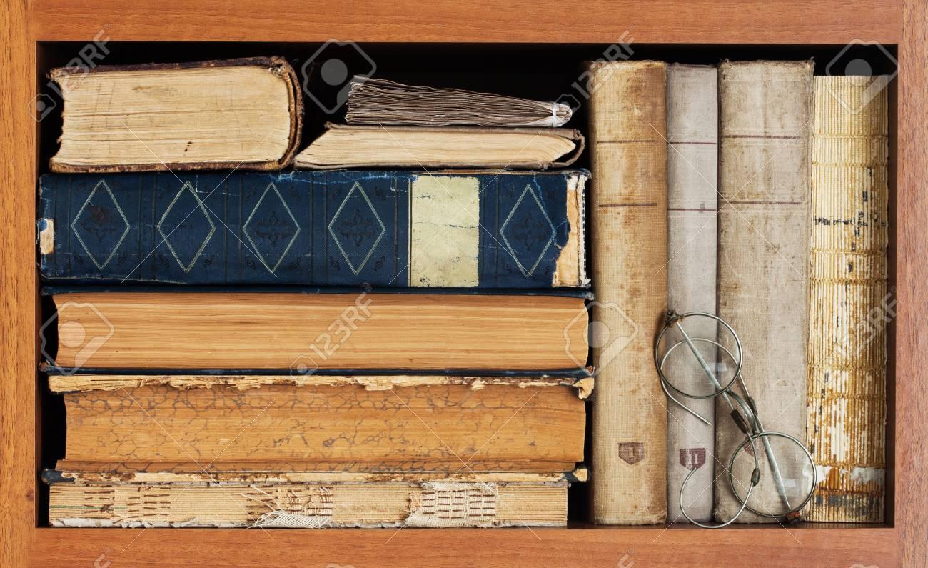 Estante Para Libros Colección De Libros De La Vendimia Libros