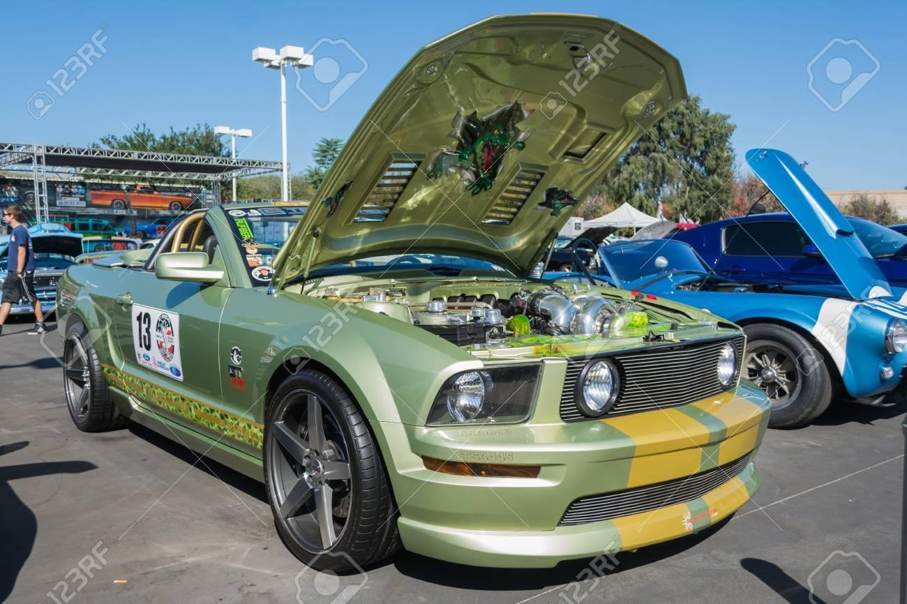 2015 Mustang Custom Wheels >> Van Nuys Ca Usa September 20 2015 Ford Mustang Custom