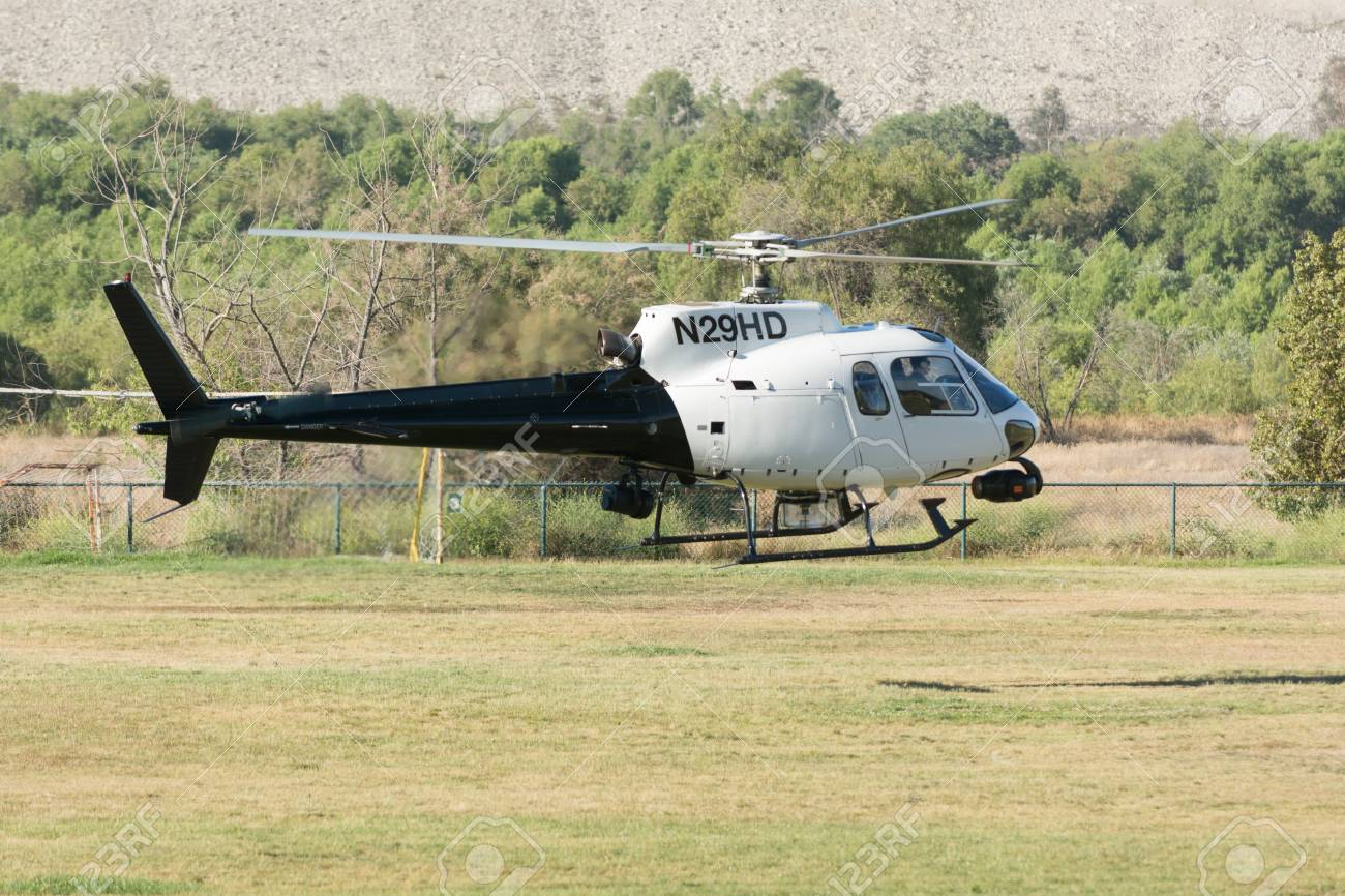 Elicottero 350 : Lakeview terrace usa june 18 2016: eurocopter as350 helicopter