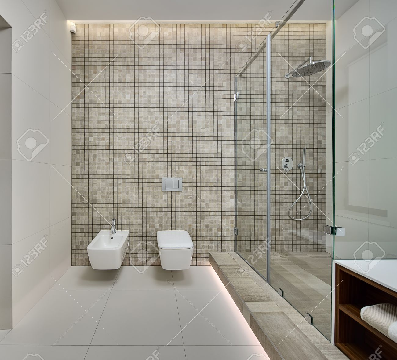Awesome Shower Room In A Modern Style Back Wall Decorated With Beige Creativecarmelina Interior Chair Design Creativecarmelinacom