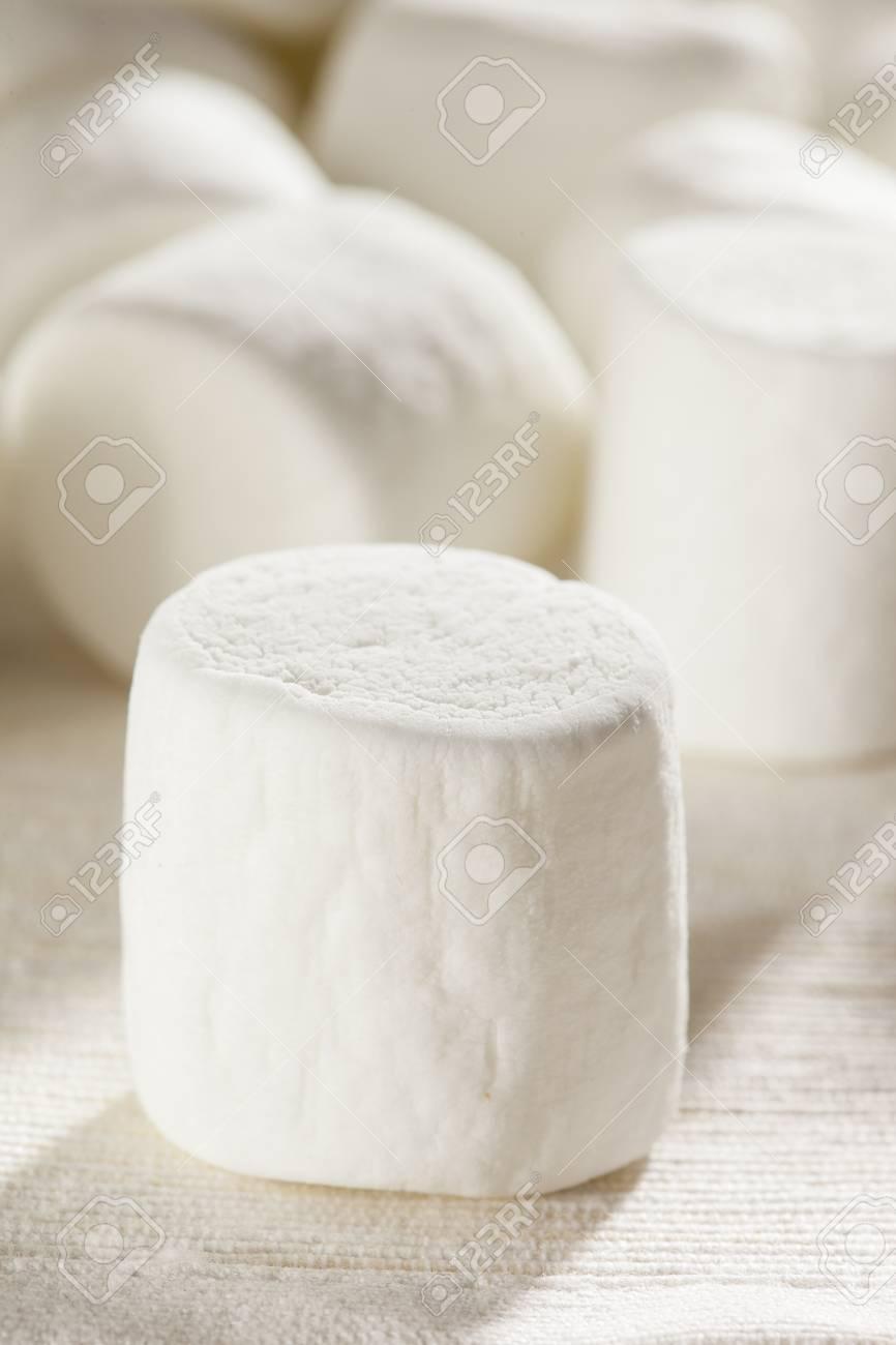 Delicious White Fluffy Round Marshmallows ready to eat Stock Photo - 18582003