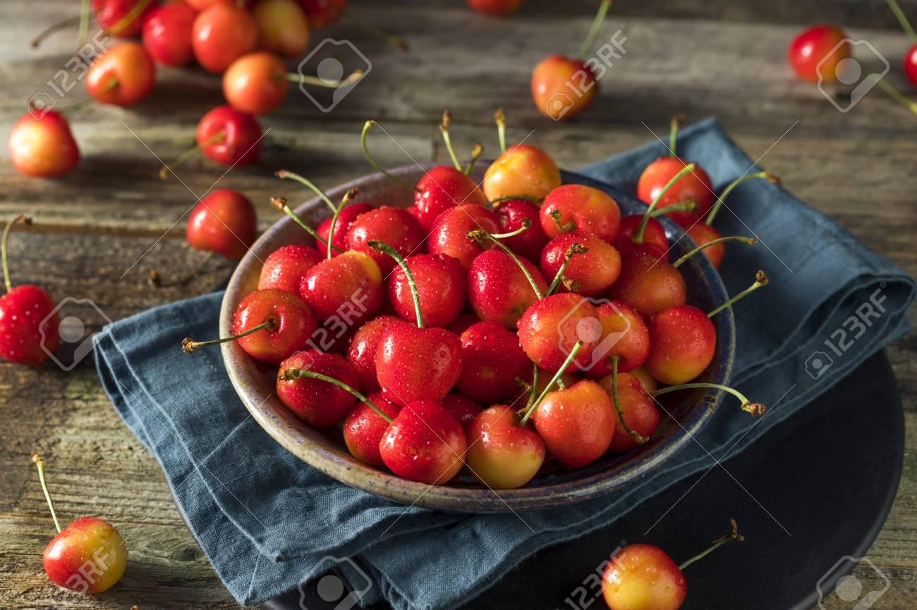 Raw Organic Red Sweet Cherries Ready to Eat - 81642182