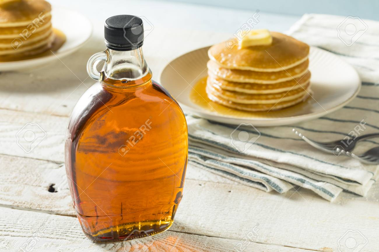 Raw Organic Amber Maple Syrup from Canada - 93198309