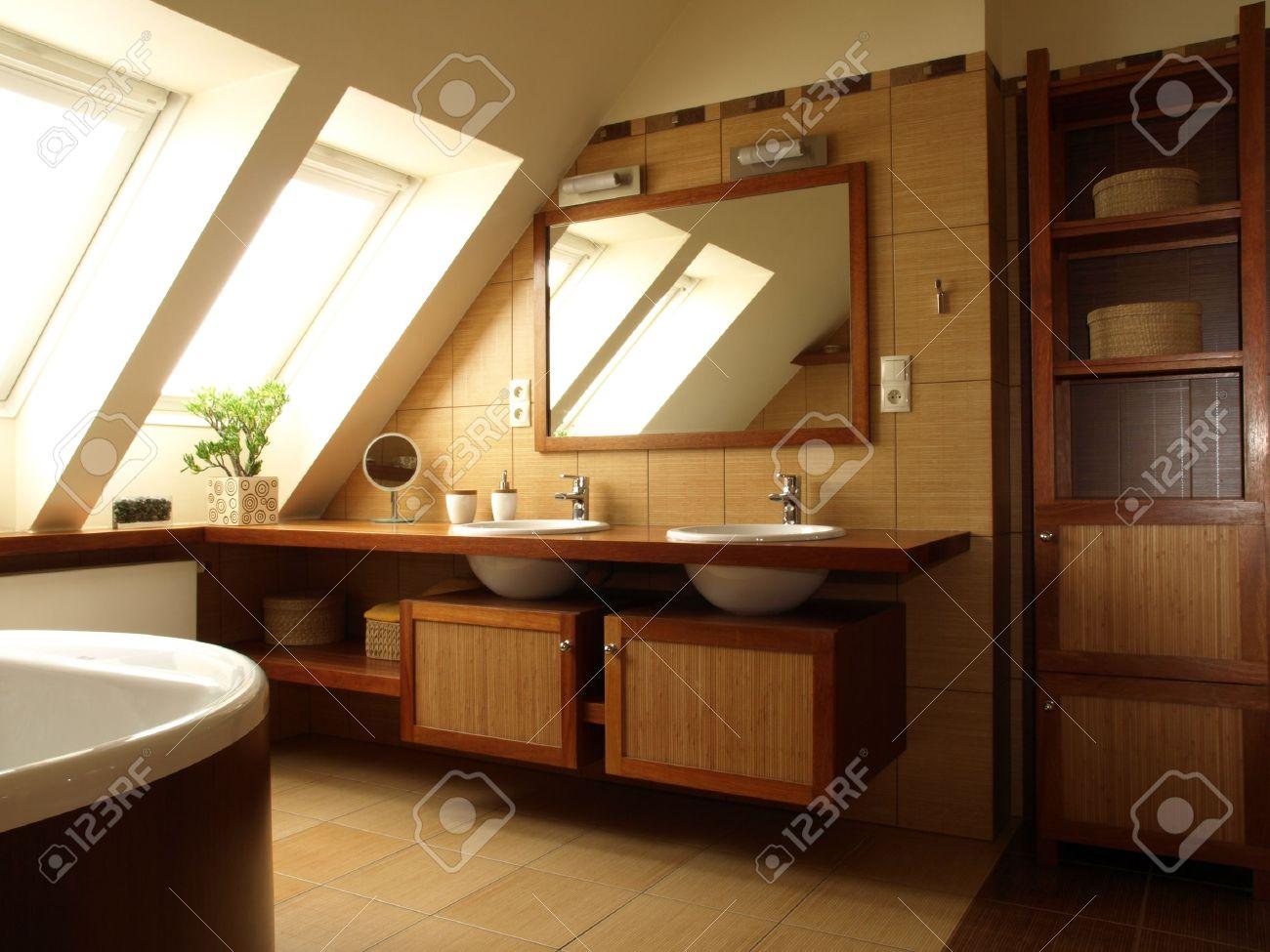 Piastrelle bagno beige e marrone good piastrella da bagno da