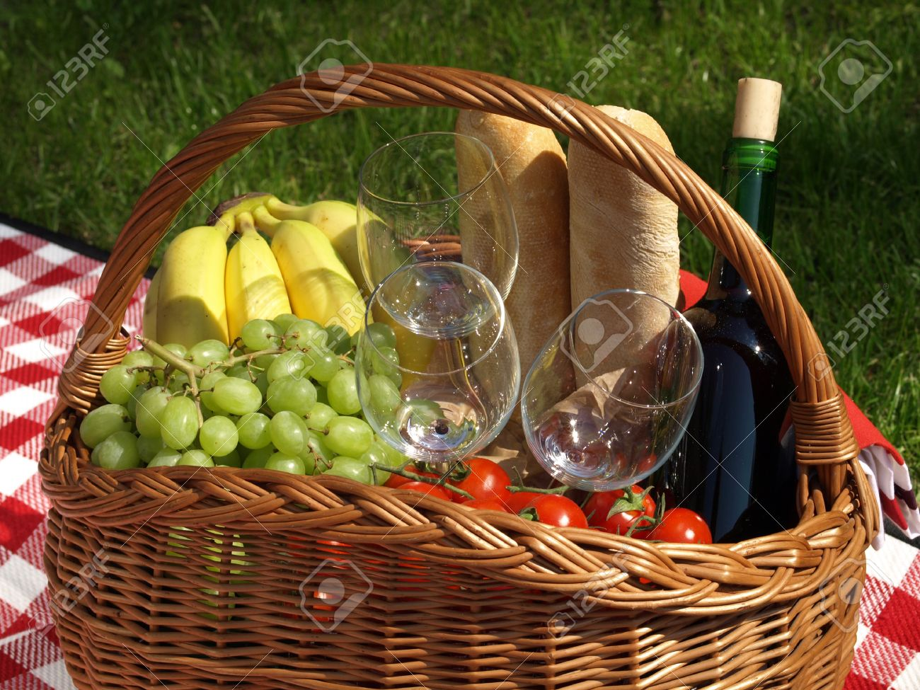 Picnic prepared for eating in the garden Stock Photo - 14327033