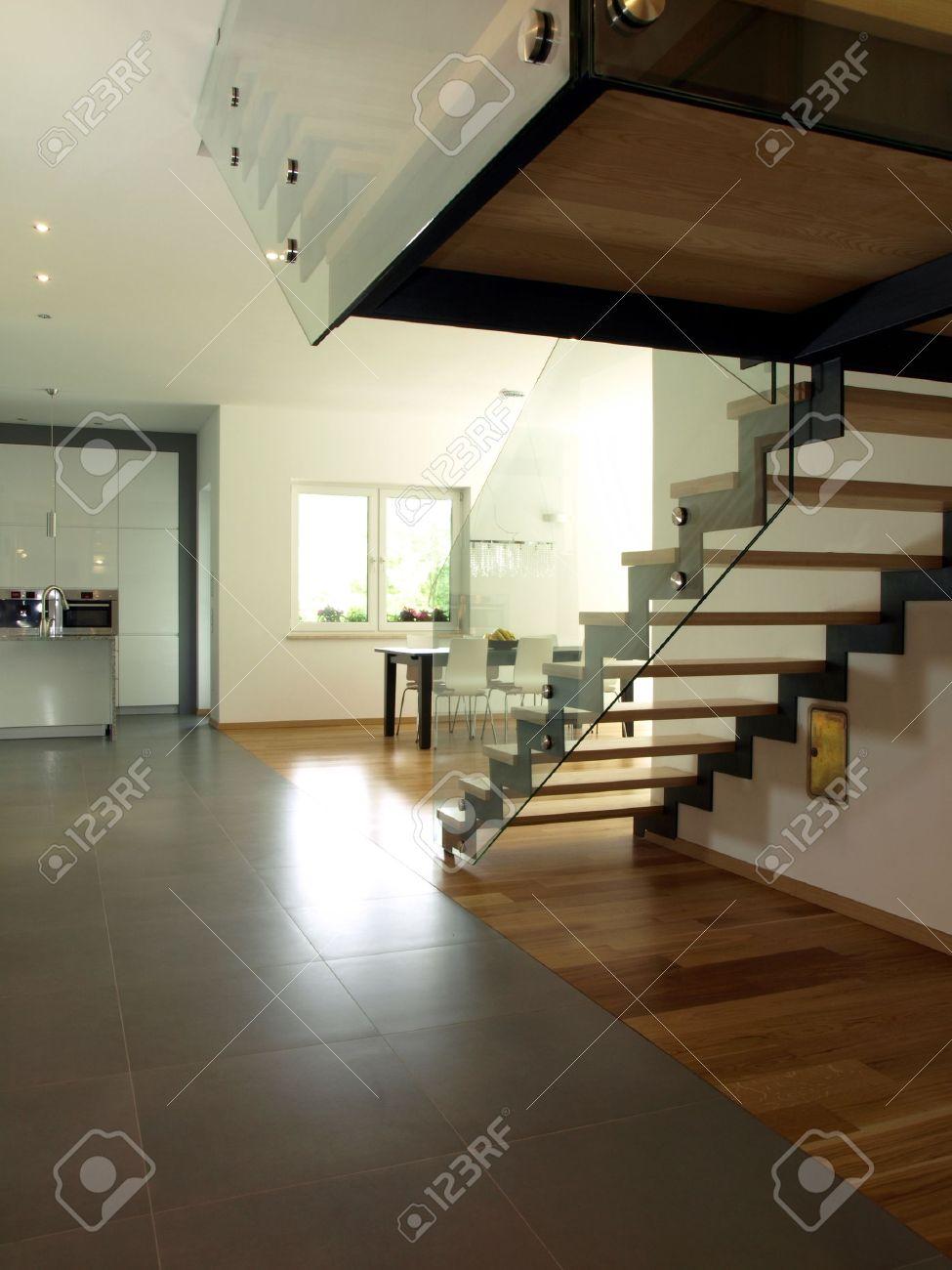 Innenansicht Der Neuen Modernen Haus Treppen Und Kuchen