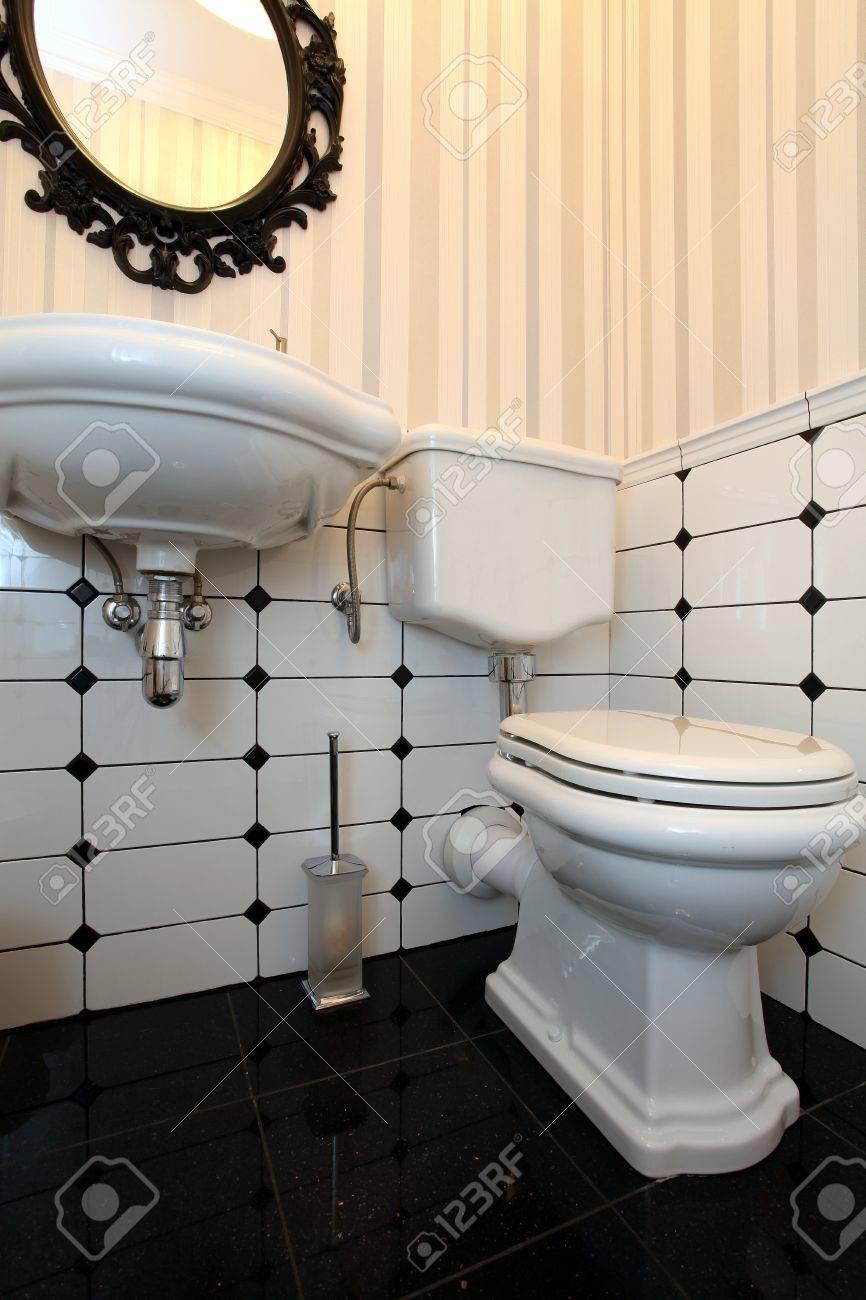 French Bathroom Sink Bathroom Sign Funny