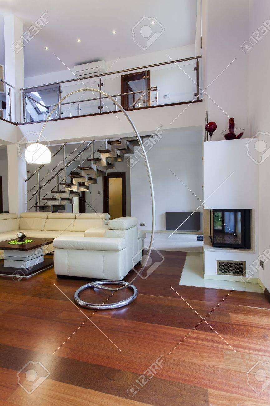 Banque dimages style intérieur de la grande maison moderne