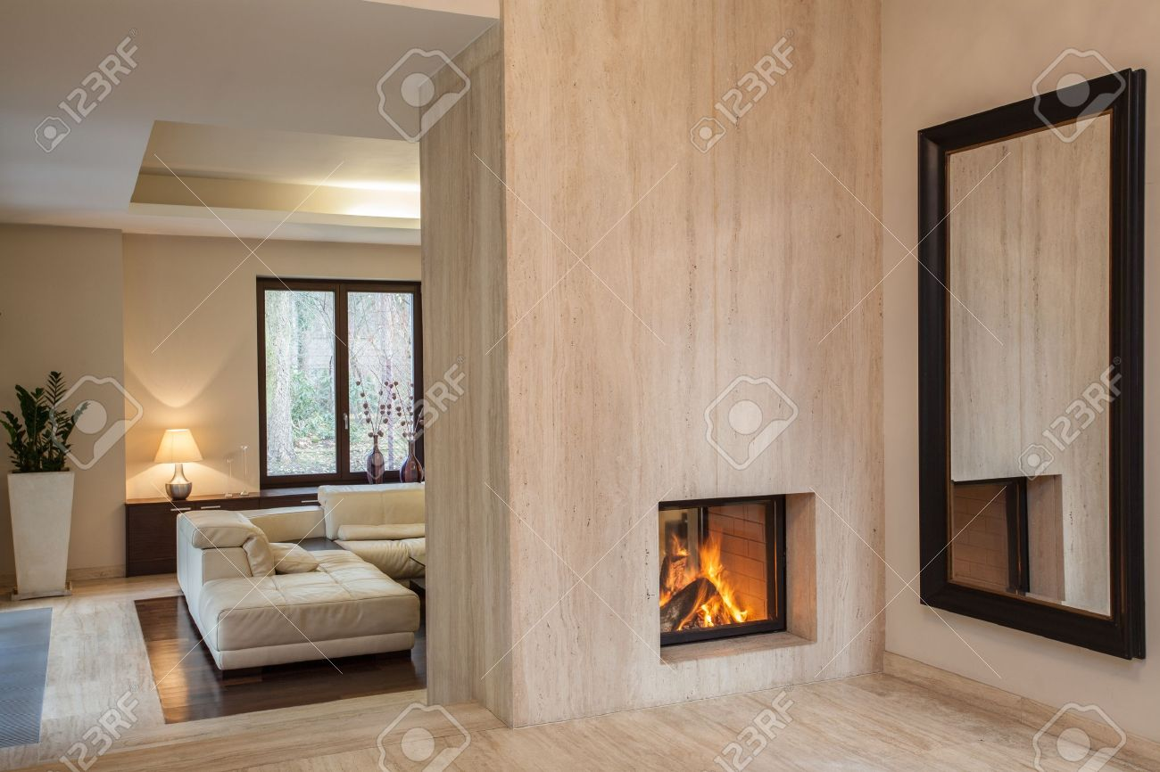 Travertine house: hallway with huge mirror Stock Photo - 16825386
