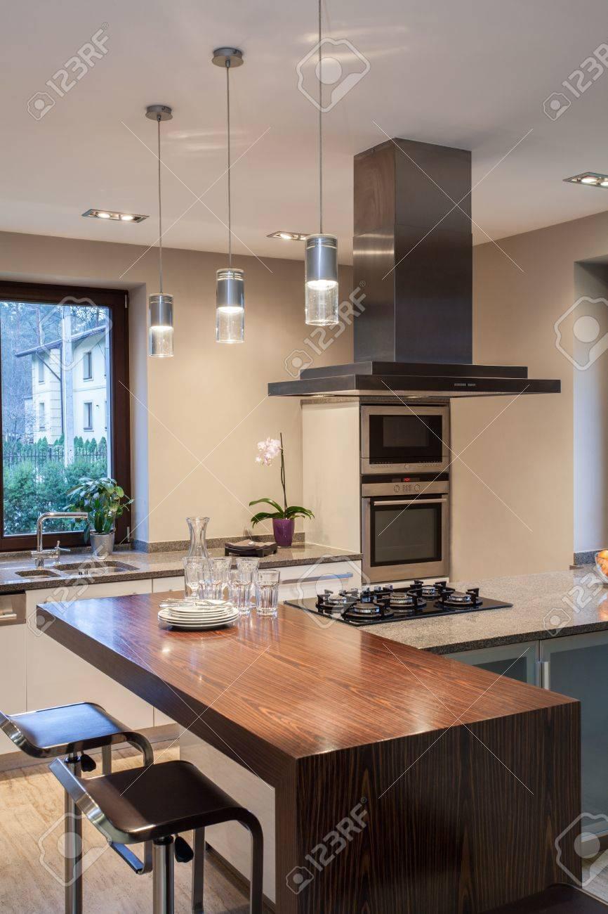 ravertine House - lose Up Of Modern Kitchen Interior Stock ... - ^