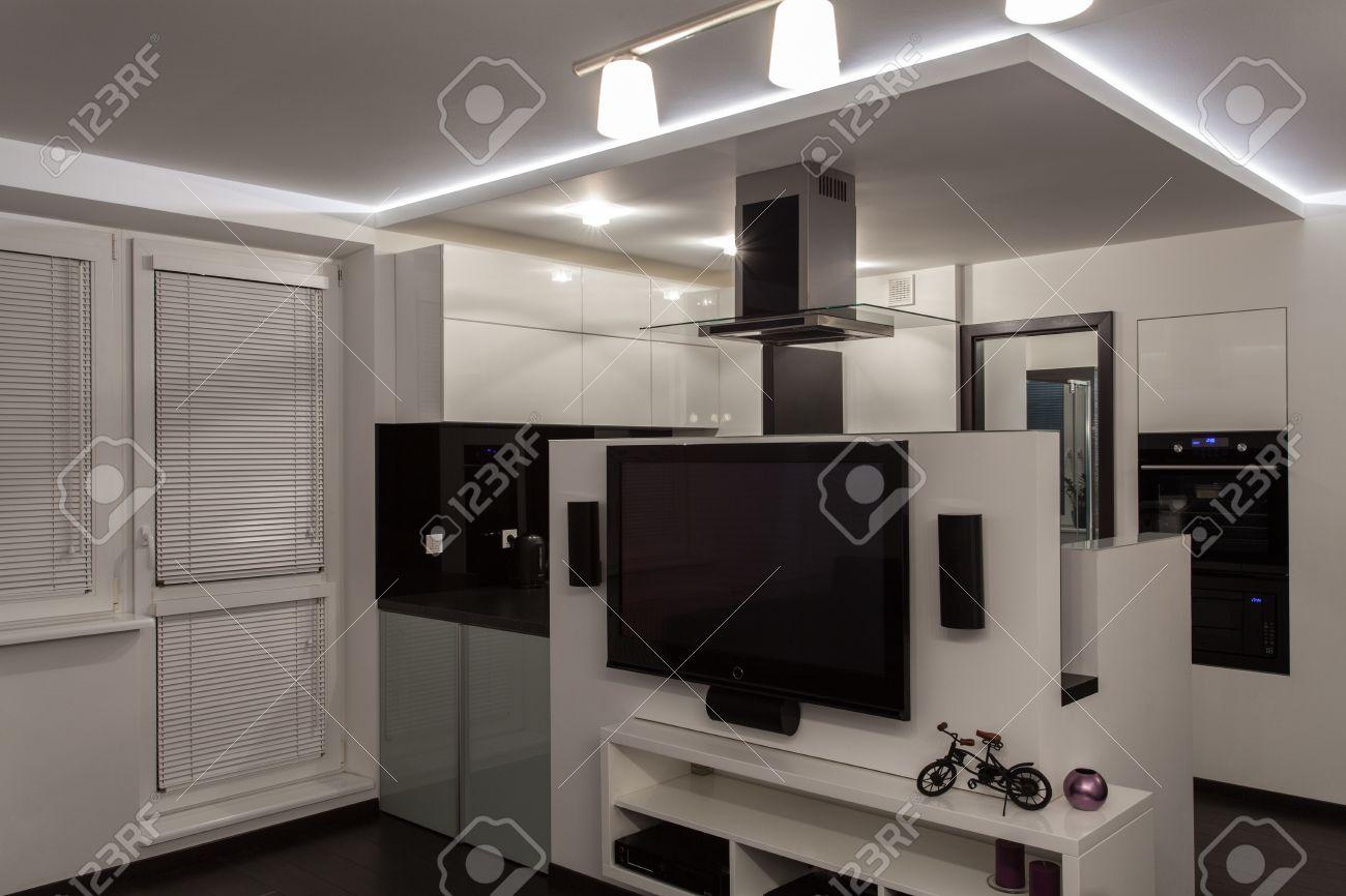 Minimalist apartment - black and white minimalist design Stock Photo - 17288513