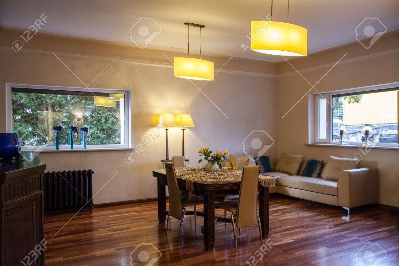 Cloudy Home   Classic Living Room In Old Fashioned Style Stock Photo    17317939