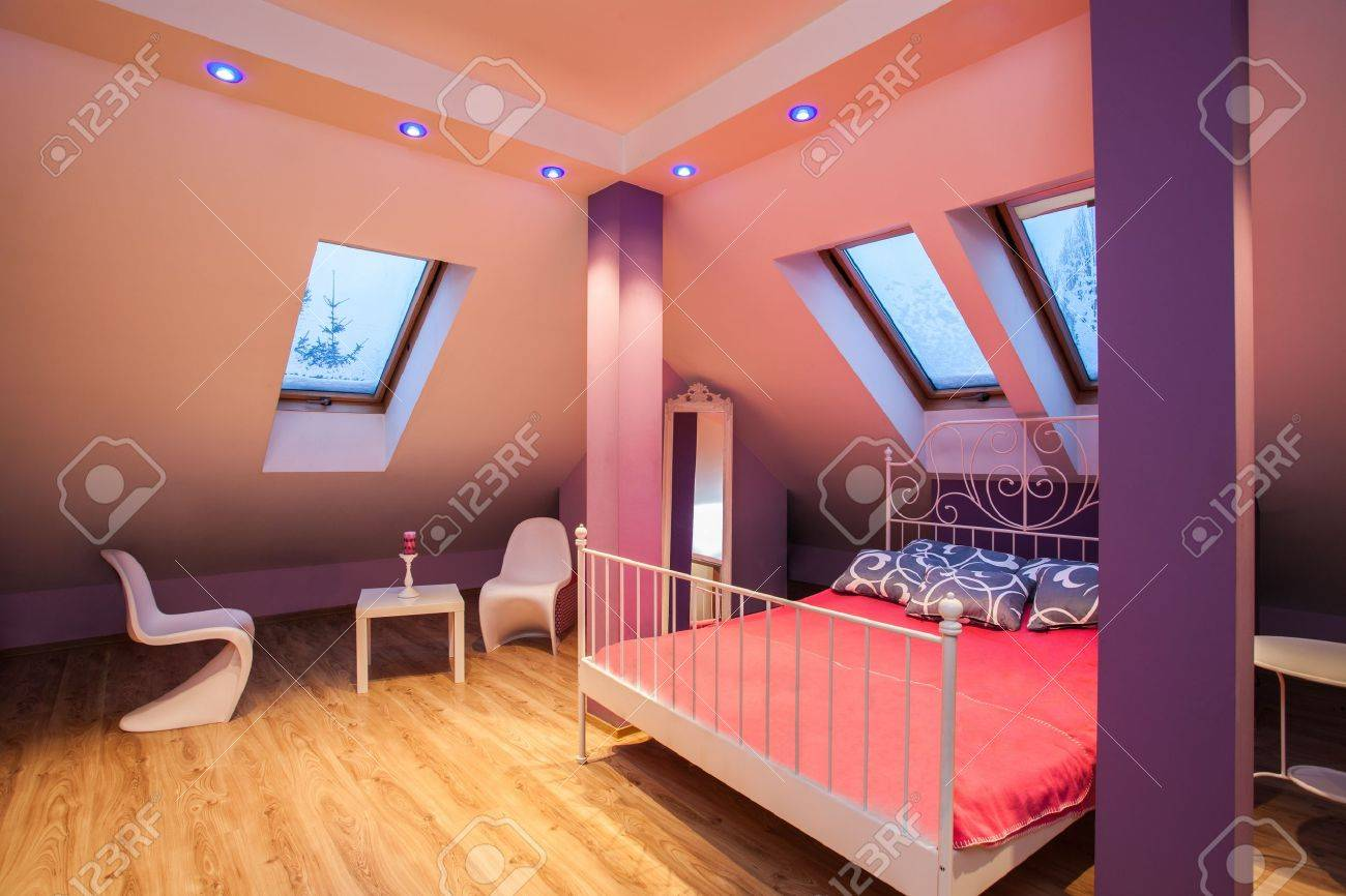 Amaranth Haus - Sweet Mädchenhaften Rosa Bedroom Interior ...