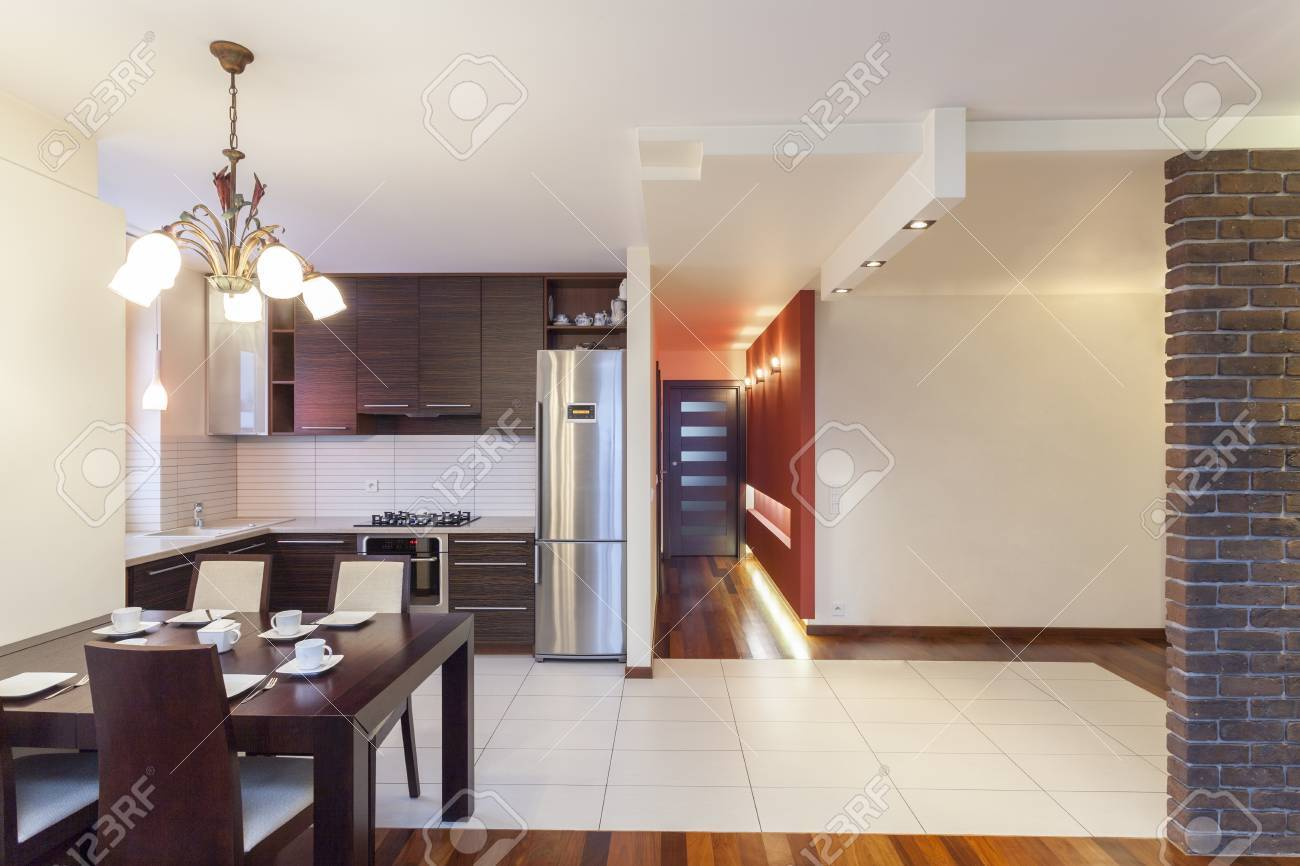 Spacious apartment - Modern kitchen in spacious house Stock Photo - 18439767