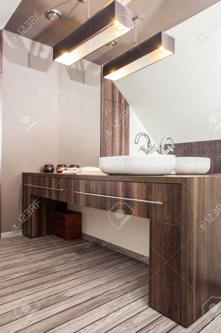Country home - vessel sink, wash basin in bathroom Stock Photo - 18666386