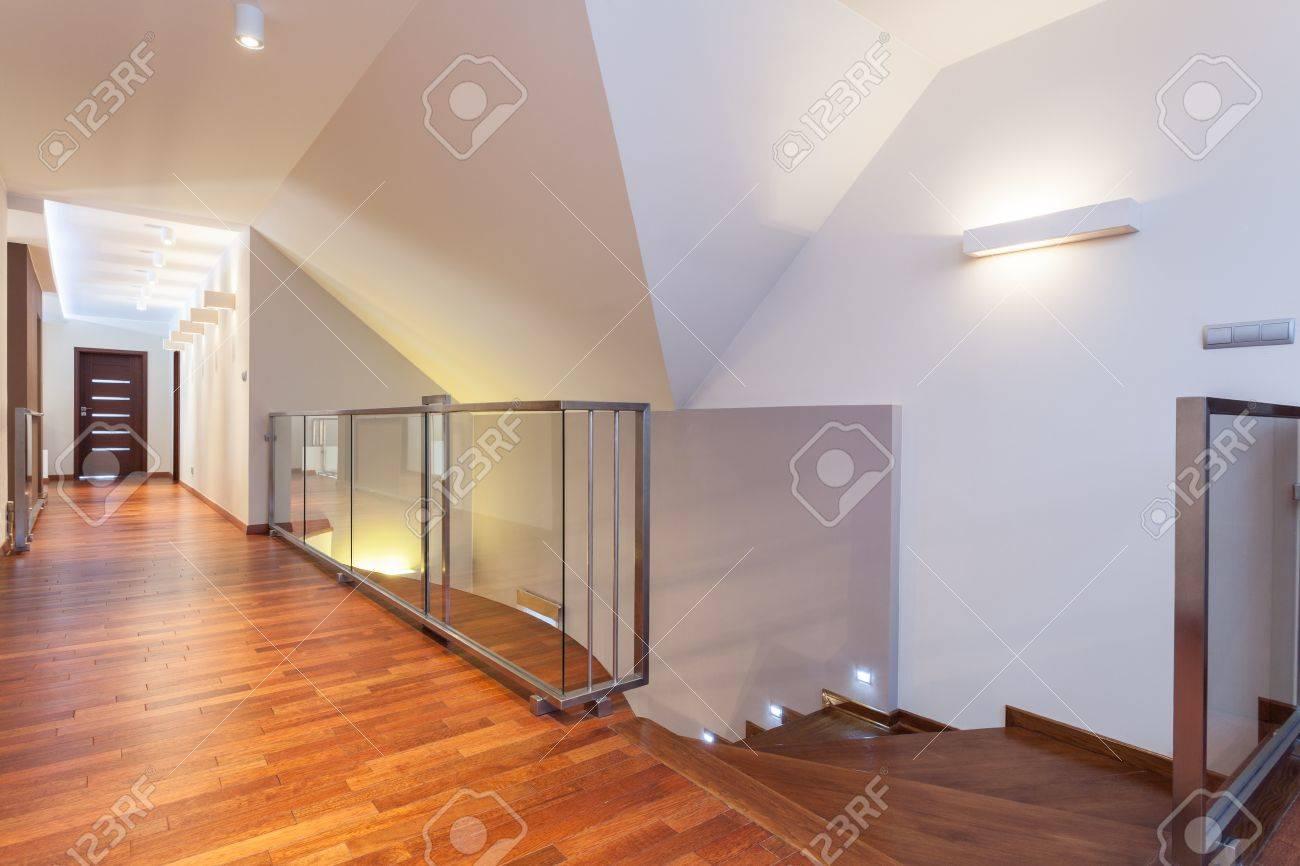 Gran Diseño Segundo Piso De Una Casa Moderna