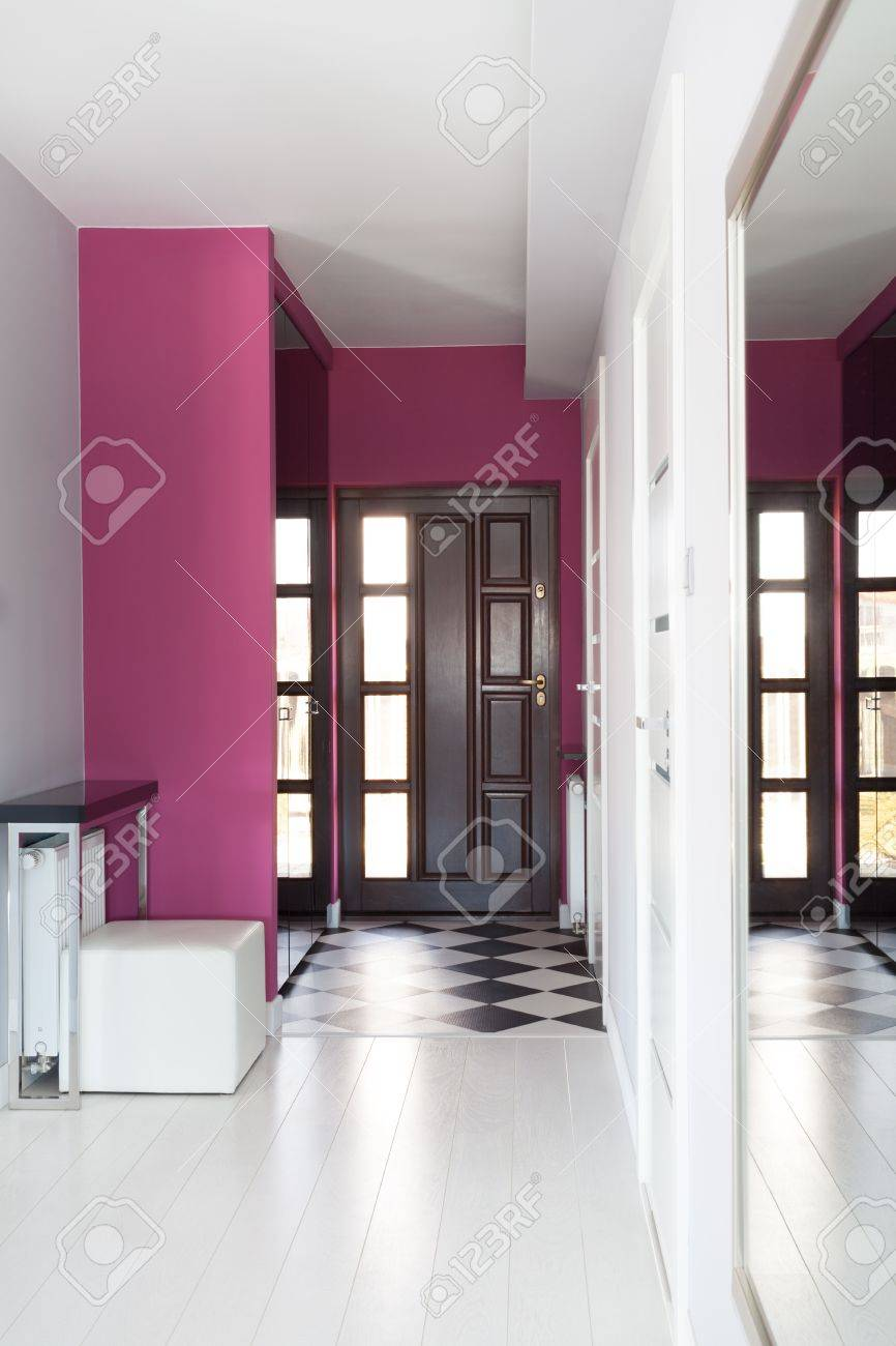 Vibrant ottage - Main ntrance Of Modern House Stock Photo ... - ^