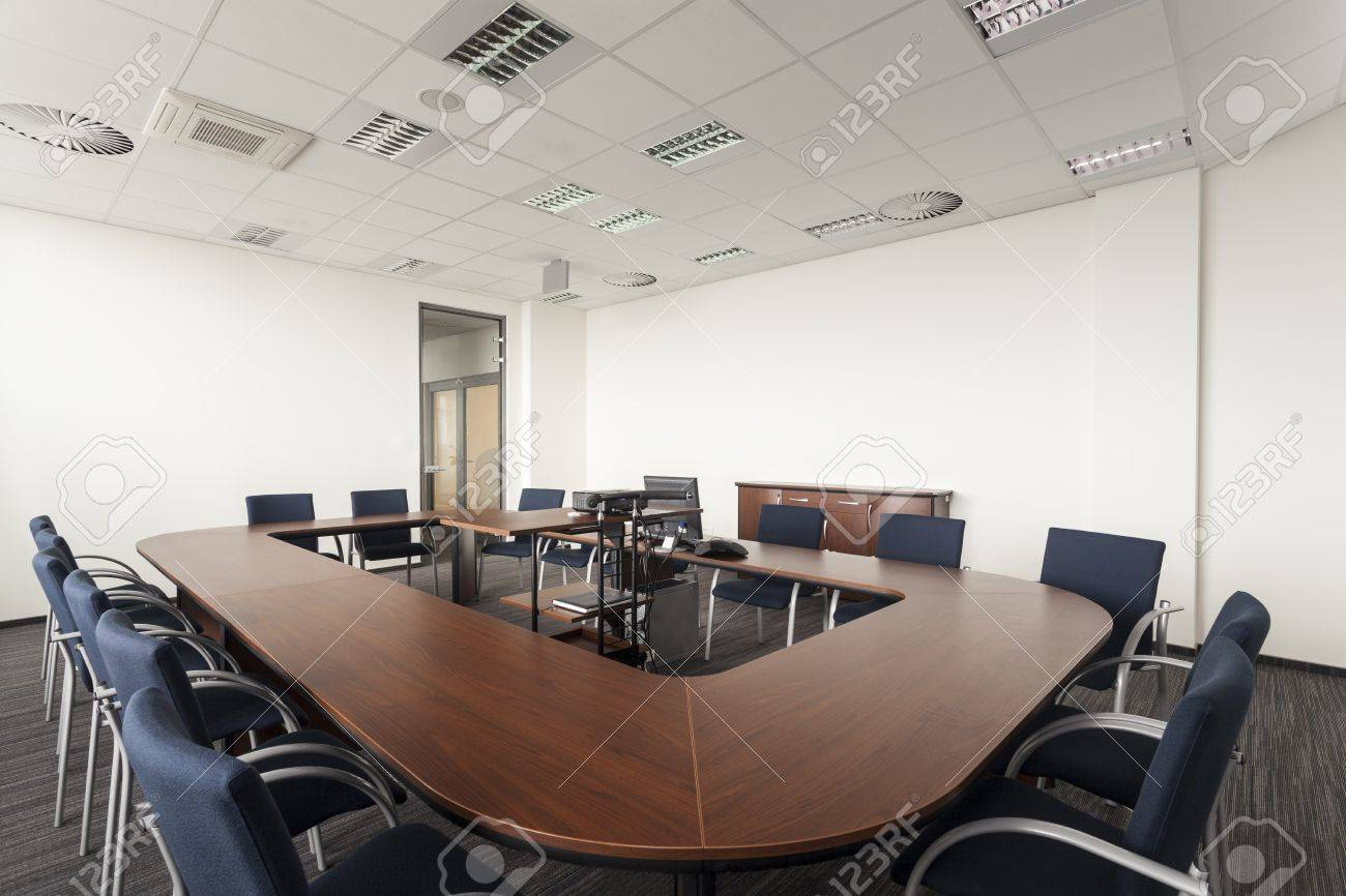 Huge Round Conference Table In Modern Office Stock Photo Picture - Modern round conference table