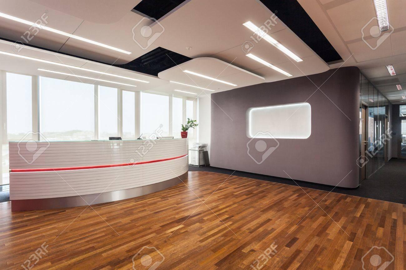 L accès au centre de bureaux et d une réception banque d images et