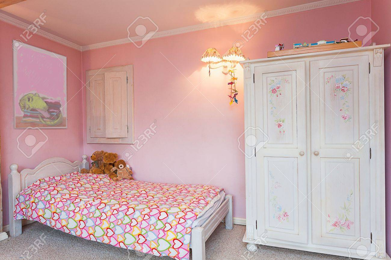 Pink bedrooms for little girls - Stock Photo Vintage Mansion A Pink Bedroom Of A Little Girl
