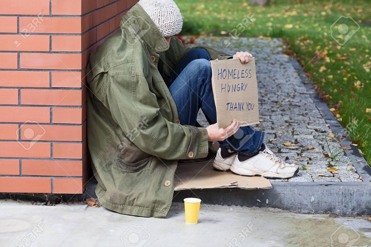 物乞い通りの貧しいホームレス の写真素材・画像素材 Image 23049410.