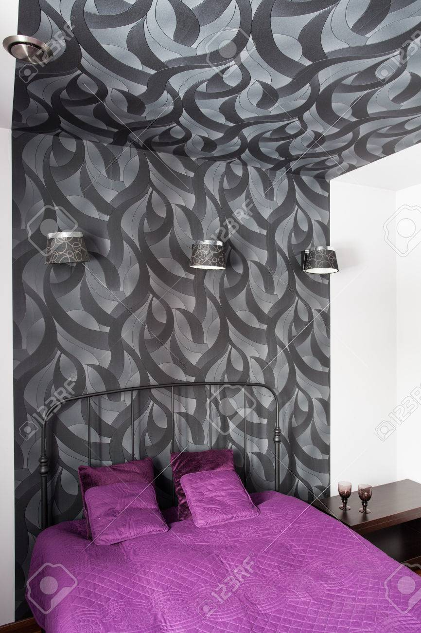 Country Home Bedroom With Grey Patterned Wallpaper