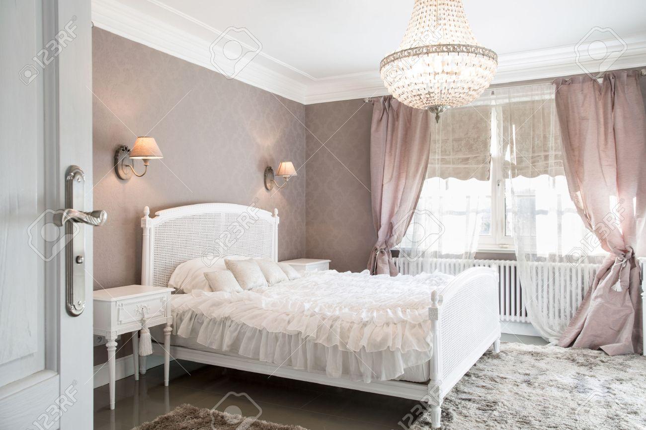 Chambre Idéal Pour Femme En Style Romantique Banque D\'Images Et ...