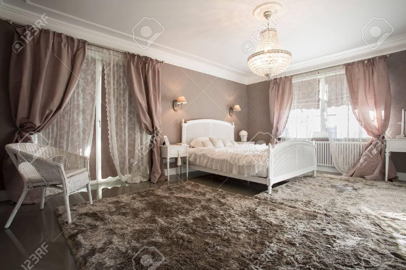 Verschiedene Schlafzimmer Teppich Sammlung Von Romantische Schönheit Interieur Mit Weichen Standard-bild -
