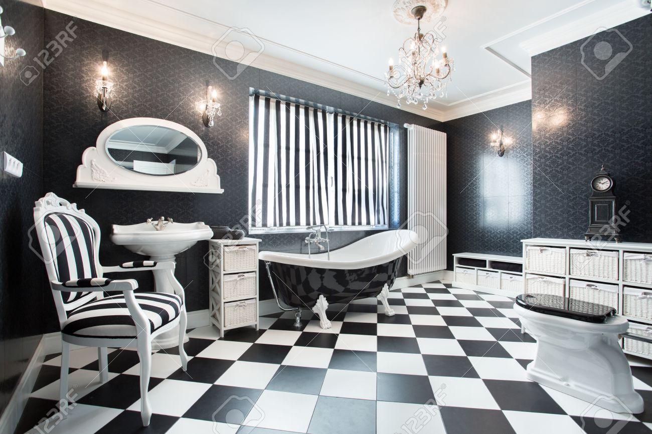 Agreable Banque Du0027images   Intérieur De Salle De Bains Moderne Blanc Et Noir
