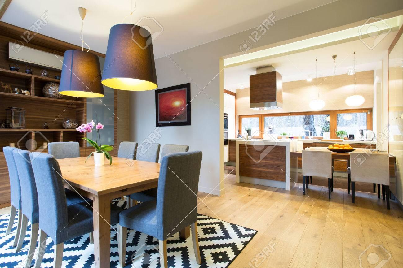 Cocina y comedor en el moderno diseño interior
