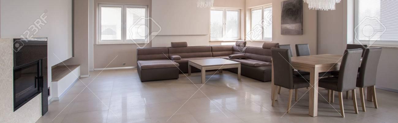 Exklusive Wohnzimmer Interieur In Beige Design Lizenzfreie Fotos ...
