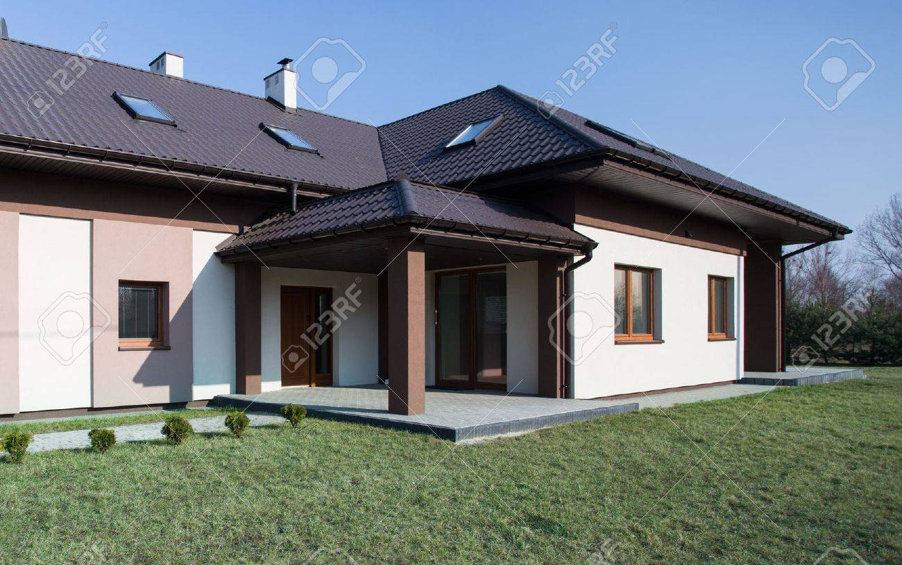 Modern project of one storey commodious house stock photo 40899617