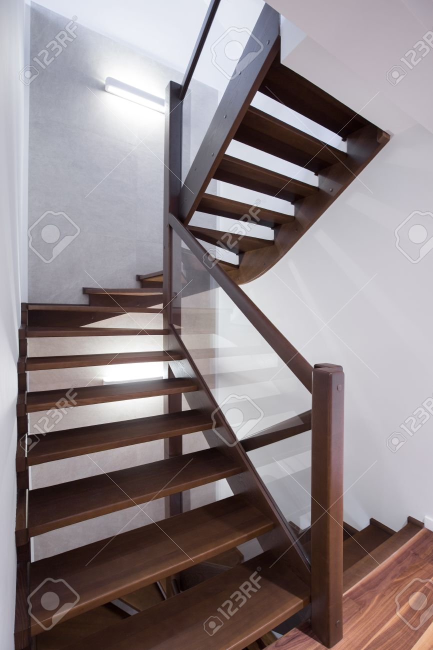 Scale A Chiocciola Moderne modern spiral wooden stairs in modern house