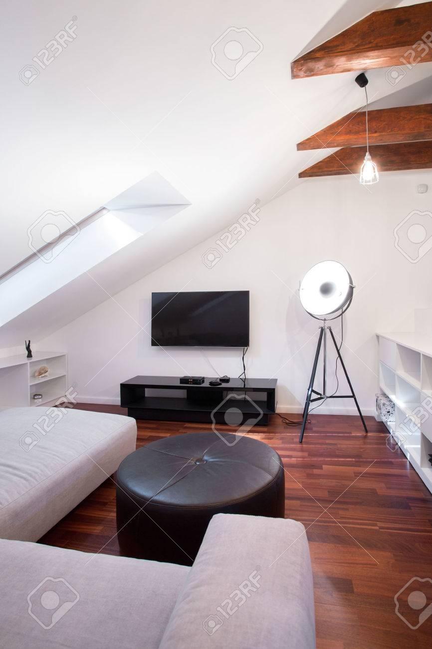 Foto Von Stilvollen Lounge-Interieur Mit Luxuriösen Möbeln ...