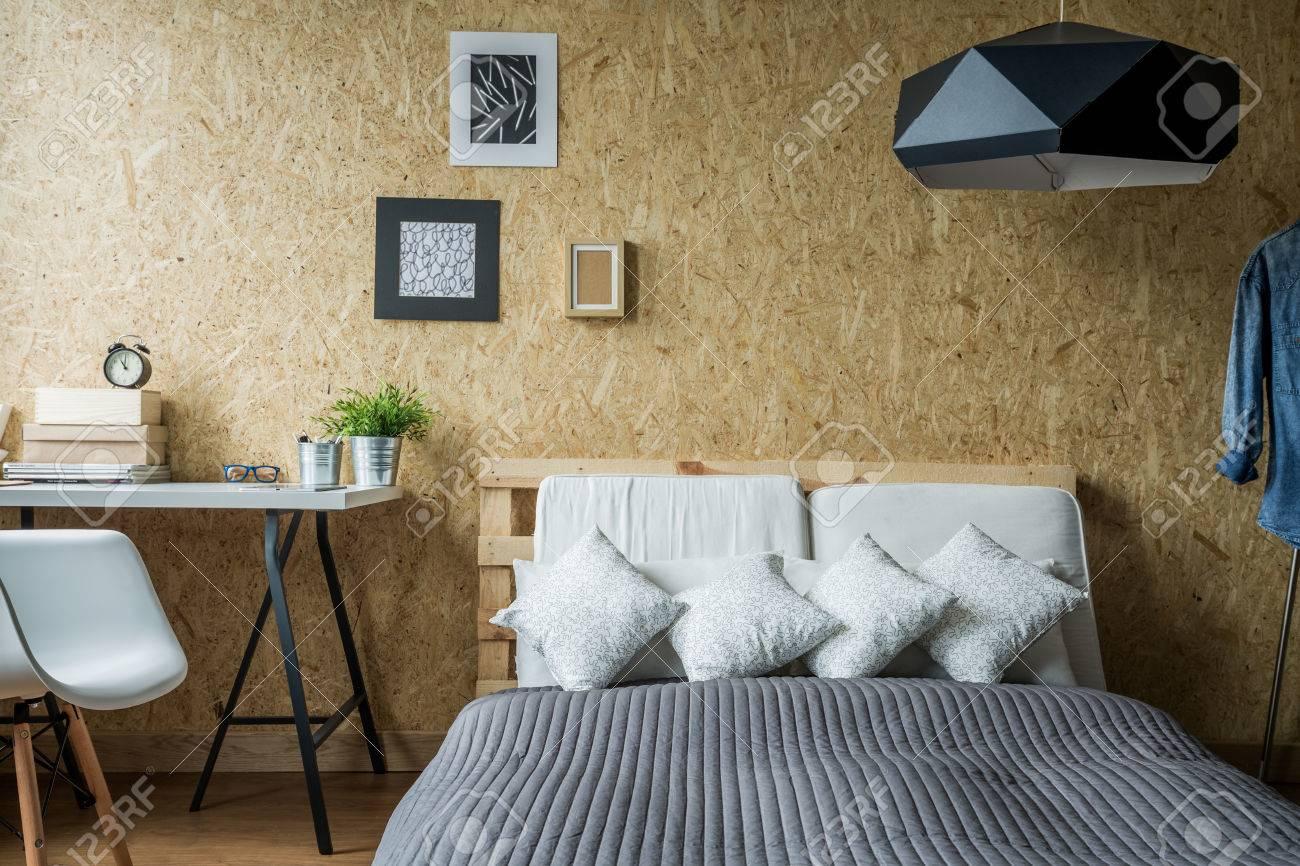 Cadre De Lit Palette Intérieur Minimaliste Contemporaine Banque D - Cadre de lit palette