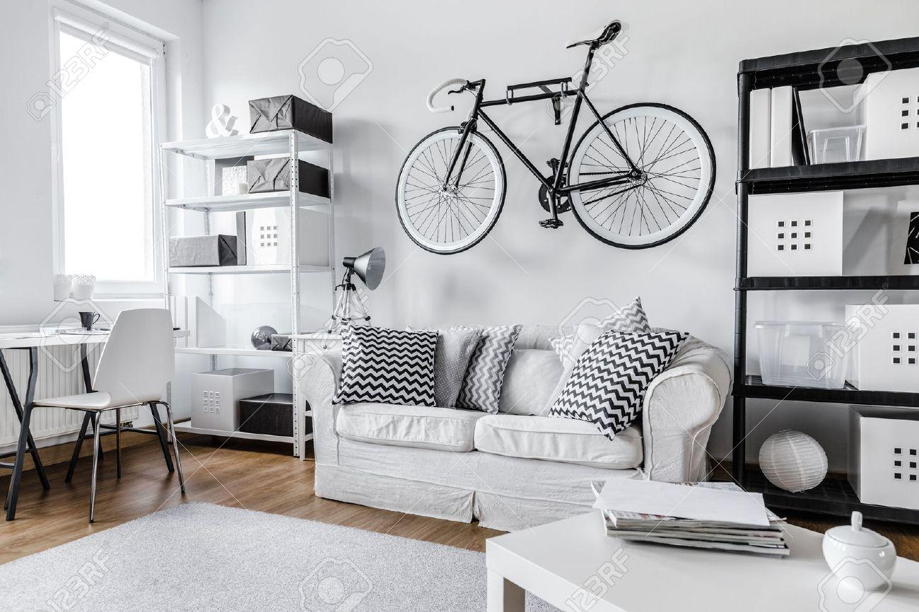 Moderne Schwarz Weiß Zi Wohnung Lizenzfreie Fotos Bilder Und Stock