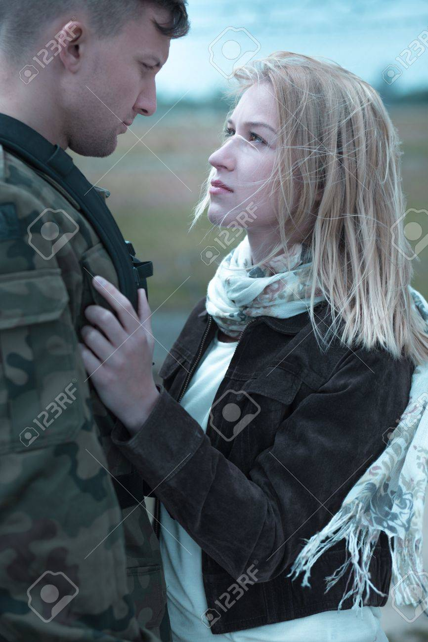 soldier and his girlfriend