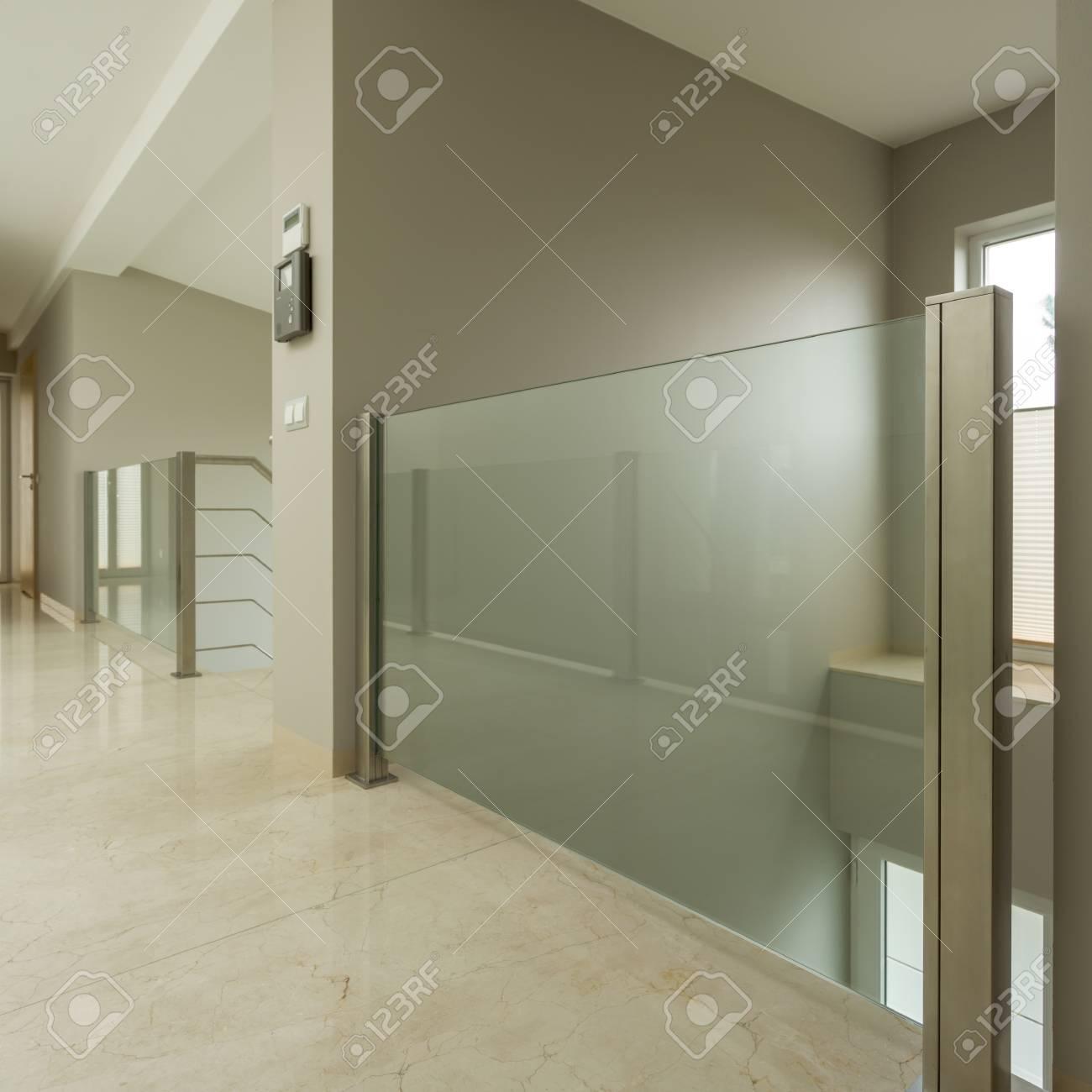 Photo De Couloir Intérieur Appartement Moderne Banque D\'Images Et ...