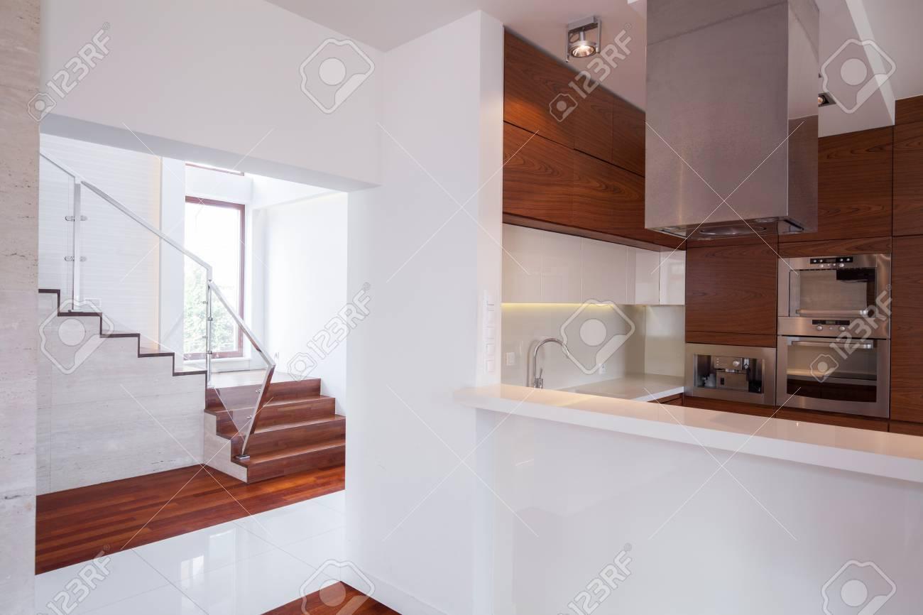 Intérieur De La Maison Contemporaine Dans La Conception Moderne Et ...