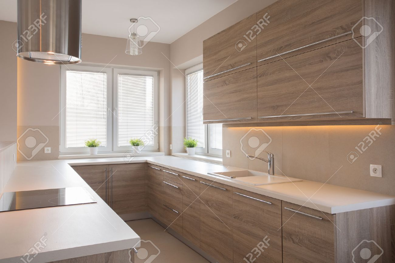 Photo Cuisine Bois Clair bright wooden kitchen in beauty luxury house