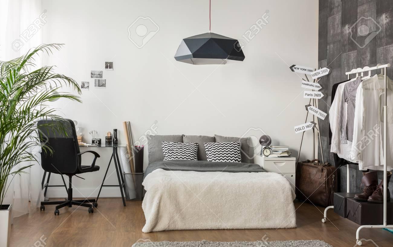 Wohnzimmer Und Buro Im Modernen Stil Kombiniert Lizenzfreie Fotos Bilder Und Stock Fotografie Image 54417302