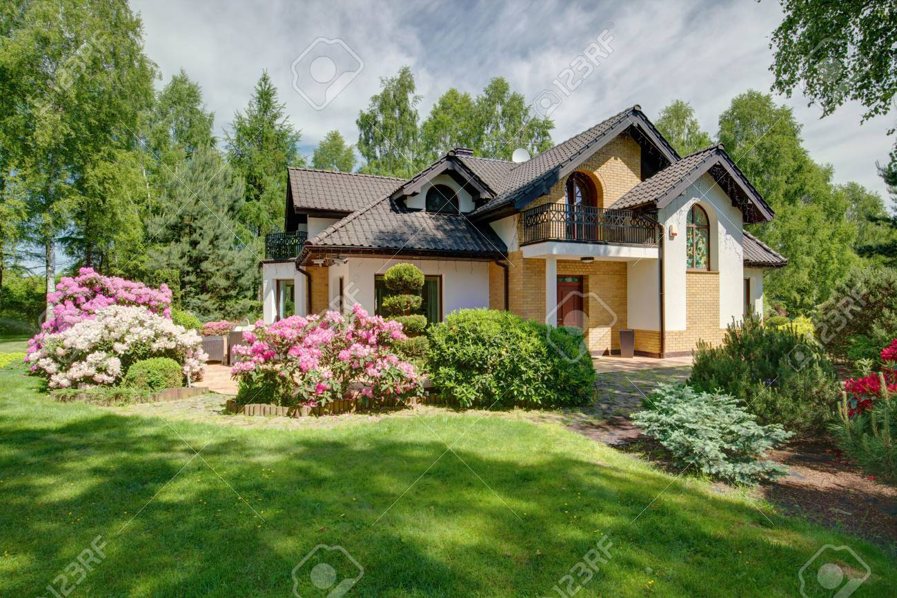 Modern Detached House With Beautiful Garden Stock Photo Picture