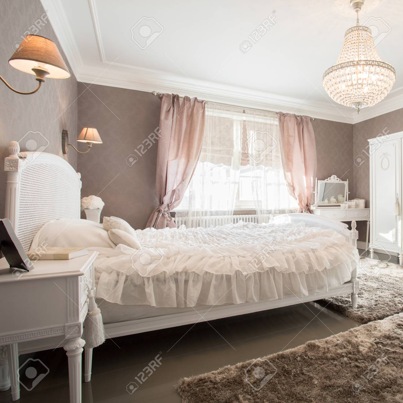 Enormous Luxury Old Fashioned Bedroom With Crystal Chandelier Stock ...